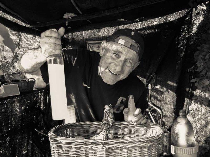 Lemon farmer selling limoncino by the trailside