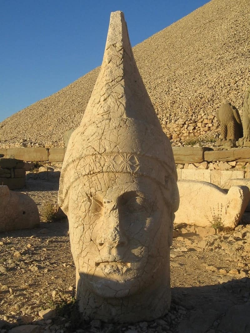 Giant head of Apollo on Mount Nemrut