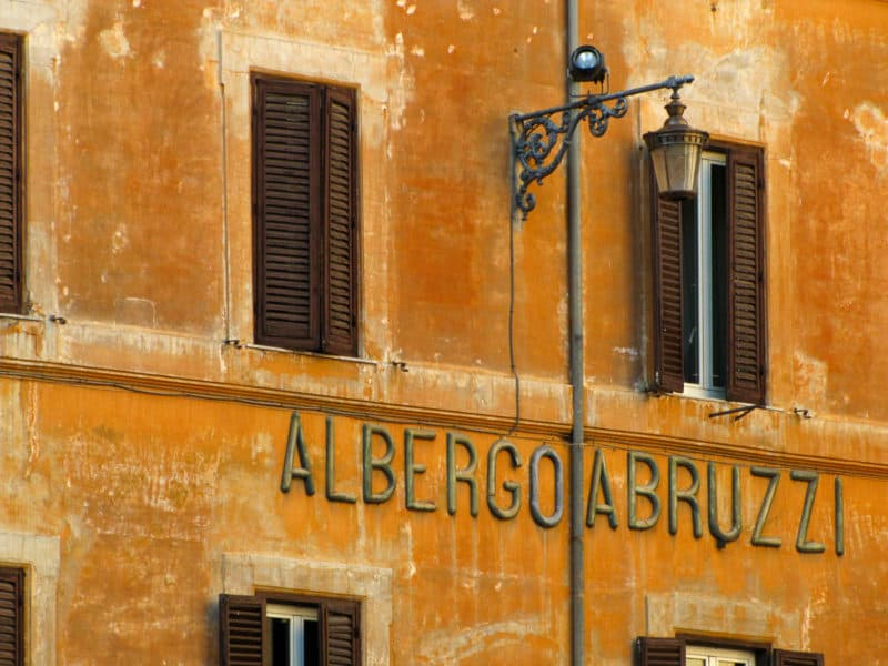 An albergo sign in Rome