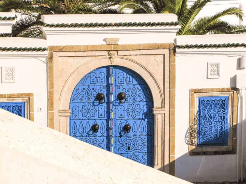 A mini guide to Sidi Bou Said, one of the most beautiful Mediterranean villages in Tunisia. Where to stay, what to eat, how to get there, top tips.