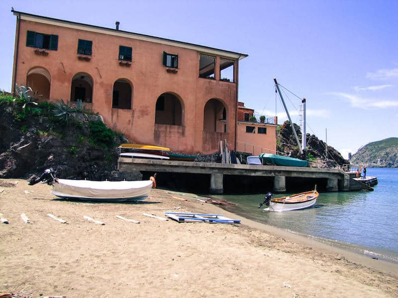 Pink villa and sandy beach at Levanto