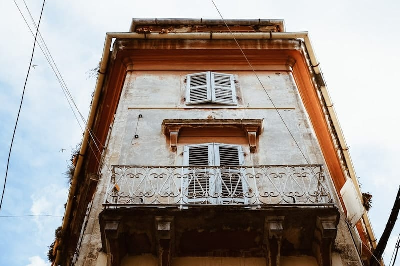 Building with ornate balcony, Corfu Town