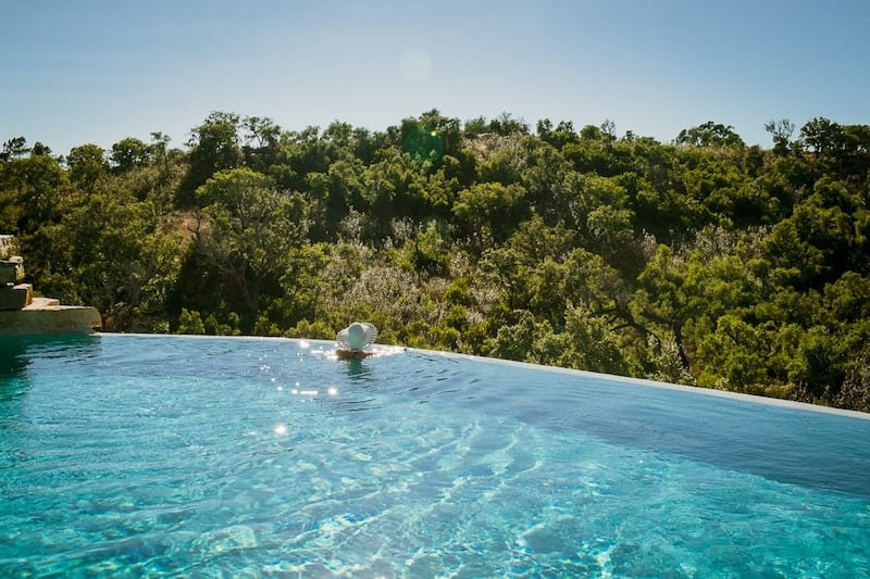 Infinity pool at Wild View Retreat