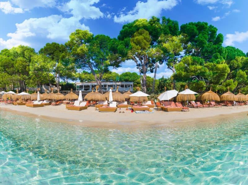 Sun loungers on Playa Formentor