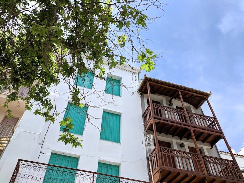 pretty facades in Skopelos Town