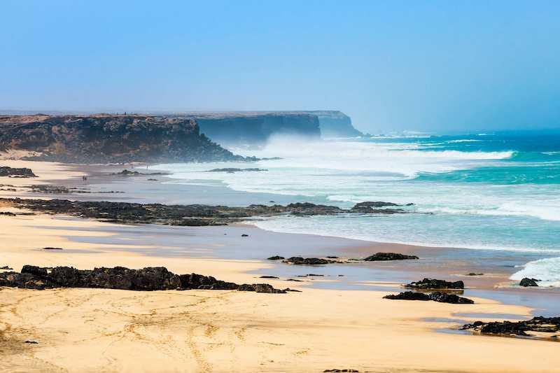 big waves on Playa del Castillo, near El Cotillo